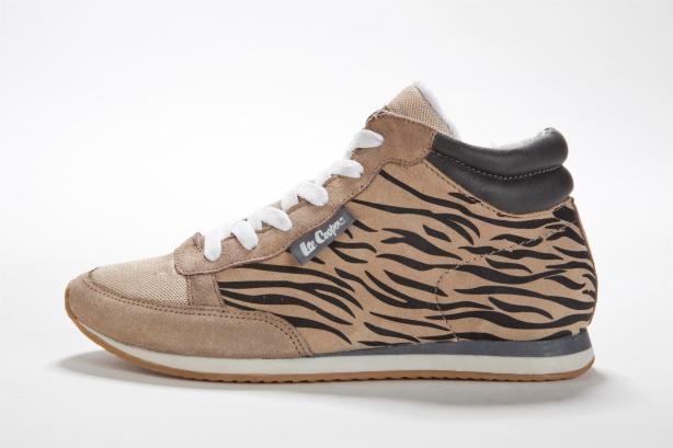 נעלי גלי שח צילום דן לב3601567