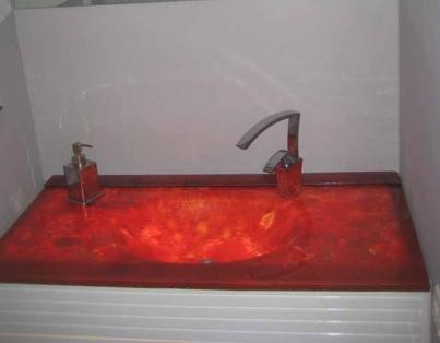 משטח זכוכית לארון אמבטיה. סושי סמבה- זיגוג זכוכית. גגון. תמונה מאתר החברה