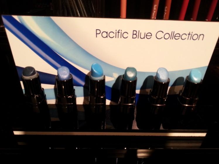 סדרת שפתונים כחולים. צילום: אביגיל לאפין גרא