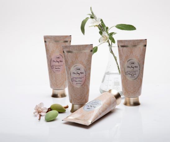 חדש מבית SABON - silky body milk קרם גוף פרימיום מחיר 98 שח צילום דן לב (Custom)