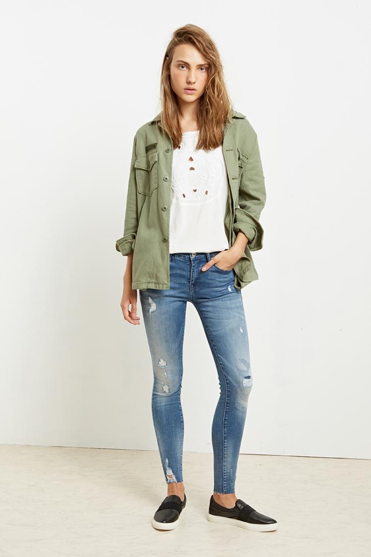 622000_לי קופר ג'ינס נשים מחיר 329.90 שח צילום הילה שייר (2)